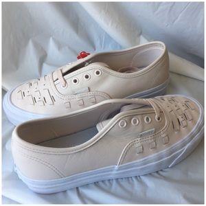 28cf7fa85e Vans Shoes - Vans Authentic Weave DX (83)